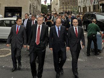 Erdoğan ve Obama'nın korumaları kavga etti