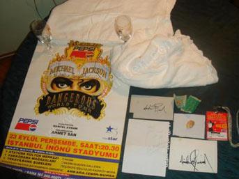 Michael Jackson`un kişisel eşyaları