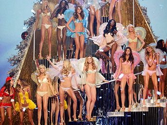 Victoria Secret'ın en seksi 10 mankeni
