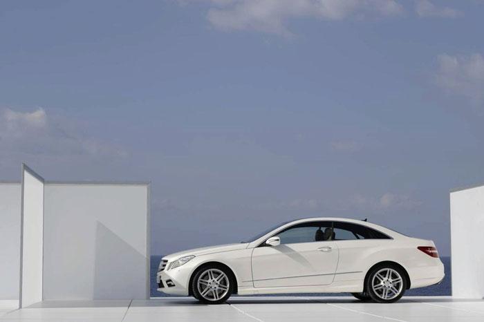 Mercedes E Serisi Coupe Mercedes-e-class-coupe-3