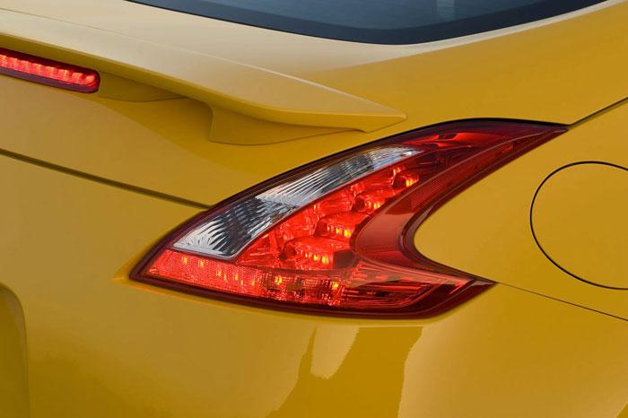 Nissan 370Z Nissan-370z-12
