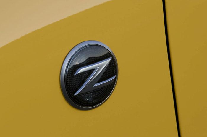 Nissan 370Z Nissan-370z-17