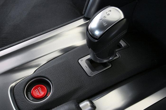 Nissan GT-R ödüle doymuyor! + 56 Resim Nissan-gtr-32