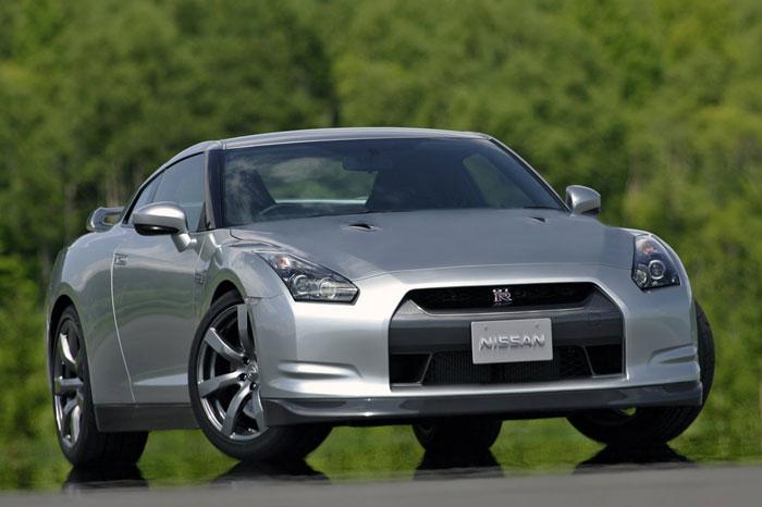 Nissan GT-R ödüle doymuyor! + 56 Resim Nissan-gtr-6