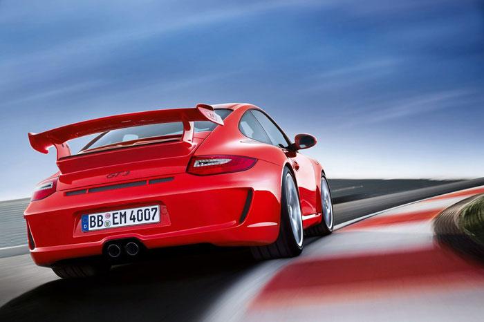 Yeni 911 GT3 Porsche-911-gt3-2