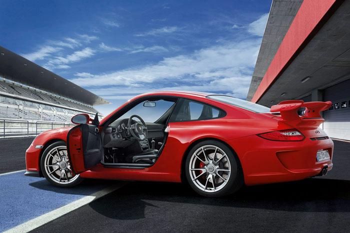 Yeni 911 GT3 Porsche-911-gt3-3